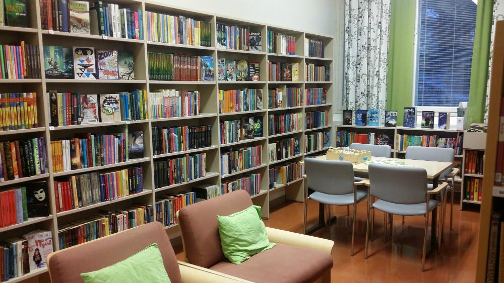 Enontekiön kirjaston nuortenosasto