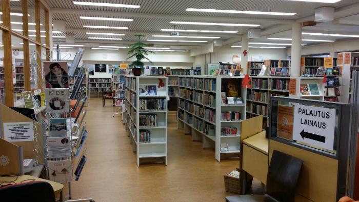 Posion kirjaston sali
